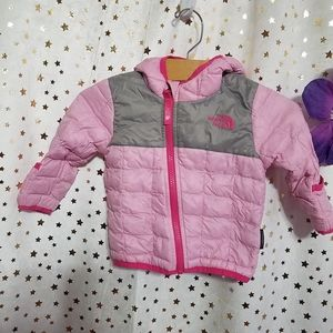 The North Face quilted pink /gray jacket sz 6/12